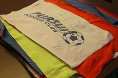 T-shirt Quilt tutorial. I have been wanting to do this with all my tournament t-shirts forevverrr