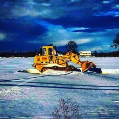 Snow pictures are my new thing. #CAT #caterpillar #trackloader #field #snow #clearskies #afterthestorm #blizzard2016 #catyellow #heavyequipment by brandontalkach