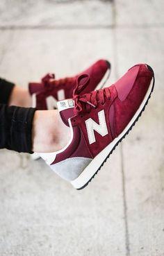 New Balance U420: Burgundy