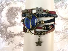 bracelet manchette bijou créateur clé & cadenas - bracelet suédine, simili cuir tresse noir, rouge bordeaux : Bracelet par l-oiseau-seraphine