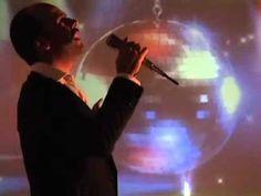 Marcelo Amorim - Alguém cantando, 2012 - vídeo