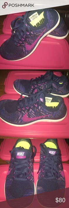 Women's Nike Free Flyknit 4.0 Nike women's Free Flyknit 4.0. Gently worn (two times) excellent condition. Clean inside/out. No shoe box. Primary color: Navy blue. Great shoe/comfortable Trades ✅Price Firm Nike Shoes Sneakers