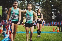 "It's fall racing season starting lines season! Follow with #startinglines all month long for XC stories marathon standard chasers ""what to wear"" style tips ways to give back and of course rad giveaways. It all starts here: http://ift.tt/1N9m4CV. by oiselle"