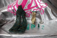 Monster High Skull Shores Cleo DE Nile Outfit Clothes Shoes Jewelry 2297 | eBay