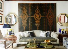Crucial Color Designers' Top Decorating Advice from Veranda view of The Drawing Room . from Veranda Custom Made Furniture, Furniture Design, Sofa Furniture, Luxury Furniture, Furniture Sets, Chinoiserie, Floor Design, House Design, Palace Interior