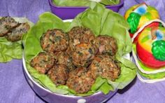 Chiftele cu ciuperci si soia (de post) Vegan Recipes, Vegan Food, Beef, Paste, Ethnic Recipes, Martha Stewart, Romania, Diet, Sweets