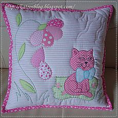 handmade by Katroš. Applique Cushions, Patchwork Cushion, Sewing Pillows, Quilted Pillow, Applique Quilts, Baby Applique, Applique Patterns, Applique Designs, Quilt Patterns