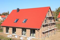 Kiedy można zamontować okna dachowe, a kiedy nie jest to wskazane?