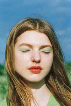 Moon Magazine - Romily - Arianna Lago