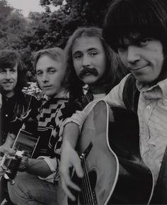 Graham Nash, Stephen Stills, David Crosby and Neil Young