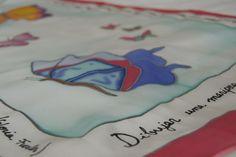 pañuelo pintado a mano de mariposas con poesía ´de Gloria Fuertes