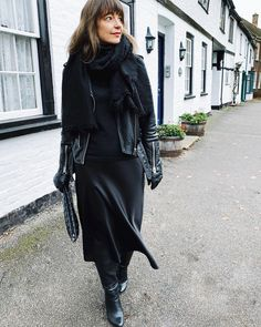A winter black outfit ensemble | For more style inspiration visit 40plusstyle.com