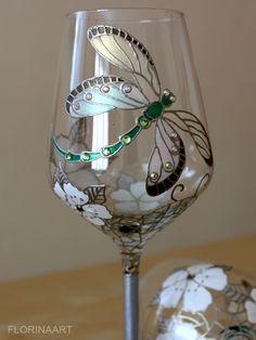 #Dragonfly #Wedding glasses #Anniversary #Wine glasses A set of 2 Hand painted wedding glasses with a unique original design......
