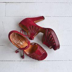 Garnache tassel platforms | vintage 1970s platforms | red leather 70s platform shoes by DearGolden on Etsy https://www.etsy.com/uk/listing/271624339/garnache-tassel-platforms-vintage-1970s