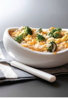 Broccoli and Cheese Rice – Easy, cheesy and perfectly seasoned. What's not to like about this delicious Broccoli and Cheese Rice recipe? Find more delicious and easy recipes at www.pinterest.com/SuccessRice Kraft Recipes, Rice Recipes, Side Dish Recipes, Veggie Recipes, Casserole Recipes, Dinner Recipes, Cooking Recipes, Barley Recipes, Cheese Recipes
