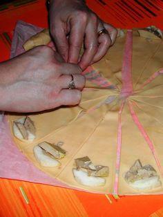a6f2bc3116 Croissants foie gras   lamelle de pomme – Torchons   Serviettes