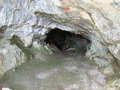 La cova de la Moneda, Serra dels Motllats, Mont-ral, Tarragona