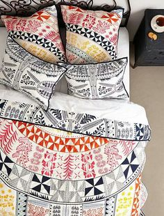 Love this bedding.