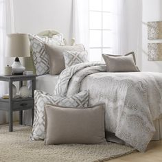Awesome Grey And Taupe Bedding Set (Duvet)