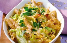 Dietetyczne przepisy z makaronem Pasta Salad, Macaroni And Cheese, Cabbage, Food And Drink, Low Carb, Healthy Recipes, Healthy Food, Meat, Chicken