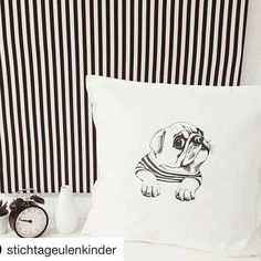 "Plotter Prinzessin on Instagram: ""Absolute #plotterliebe  @stichtageulenkinder hat mit unseren Folien und einer neuen Datei von @paulundclara dieses geniale Kissen…"" Instagram, Home Decor, Madness, Princess, Pillows, Decoration Home, Room Decor, Home Interior Design, Home Decoration"
