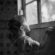 Trough the Window by Antonio Coelho Hotshoe.org