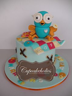 Hoot Cake   Flickr: Intercambio de fotos Owl Cakes, Cupcake Cakes, Cupcakes, Teen Cakes, Cakes For Boys, Cake Decorating, Decorating Ideas, Adult Party Themes, Designer Cakes