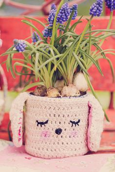 Crochet Cachepot for Easter by Cute Cottage Overload, via Flickr