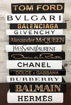 Fashion Designer Book Labels -Set of 12 (Matte/Metallic/Chrome) – Giant Shoe Boxes Chanel Decor, Chanel Art, Chanel Room, Coco Chanel, Fashion Design Books, Book Design, Best Fashion Books, Diy Design, Giant Shoe Box
