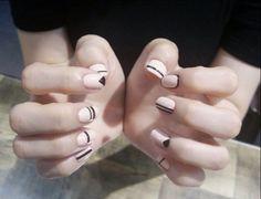 Korea nails