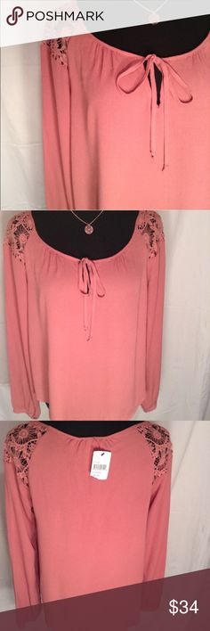 Dusty Rose Long Sleeve Top NWT. Very comfortable. ASTR Tops Blouses