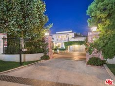 499 HALVERN DRIVE, LOS ANGELES, CA 90049 - Larry Young Westside