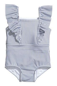 Kostium kąpielowy z falbankami Swimsuit with frills - White / Blue stripes - Child Baby Bikini, Baby Swimwear, Baby Girl Swimsuit, Little Girl Swimsuits, Cute Swimsuits, H&m Fashion, Kids Fashion, Moda Kids, Pullover Shirt