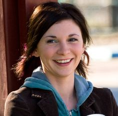 Kim Walker-Smith Podcast (worship leading and song writing) I love her voice. She is so talented. Walker Smith, Kim Walker, Worship Leader, Worship Songs, Christian Videos, Christian Music, New Music Albums, Music Ministry, Bethel Music