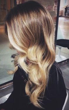 <3 like the curls as they cascade perfect for any social or party occasion