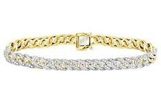 This splendorous bracelet parades 266 natural round diamnds in dazzling glory.