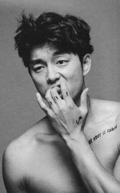 Gong Yoo in Still dating his Single ? Does Gong Yoo have tattoos? Korean Star, Korean Men, Asian Actors, Korean Actors, Jimin Jungkook, Kdrama, Hong Ki, Goblin Gong Yoo, Yoo Gong