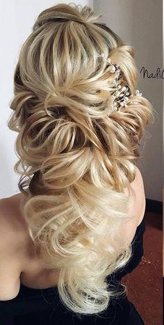 Long Wedding Hairstyles from Nadi Gerber   Deer Pearl Flowers