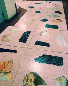 OR - terrazzo Floor Design, Patio Design, Painting Tile Floors, Interior And Exterior, Interior Design, Stone Interior, Interior Rugs, Room Interior, Terrazzo Flooring