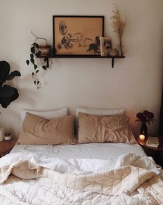 bedroom with neutral bedding and decor. / sfgirlbyaby