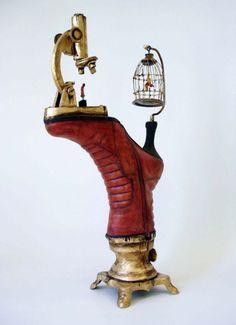 Les sculptures de chaussures surréalistes de Costa Magarakis  2Tout2Rien