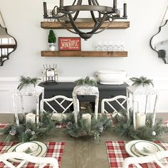 I love Christmas time so much, I'm already sad cuz I know December is going to fly by and then it'll be boring ole January 😒 BUT my son is turning ONE next month. And my hubby is turning 30. Who wants to plan 2 birthday parties for me??? 😝 Anyway here's an unrelated picture of my dining table cuz I'm an IG slacker 🎅🏻🎅🏻🎅🏻