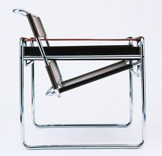 Wassily chair by Marcel Breuer (1925-1926). Nice to look at but not so nice to sit in.