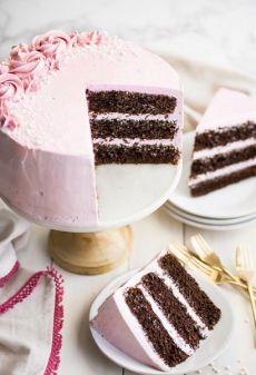 Шоколадный торт с малиновым кремом — Лучшие рецепты