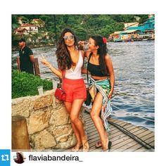 #Repost @flaviabandeira_ com a Canga Estampa Aloha ✌️・・・⚡️#bailedozehpretim