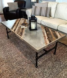 Industrial Coffee Table Dimensions: 26 Wide X 56 Long X 18 Tall This rustic modern coffee table will look great in your modern Family room or den. The coffee tables top is constructed from reclaimed pallet wood and barn wood with a custom inlaid concrete Concrete Coffee Table, Concrete Wood, Diy Coffee Table, Coffee Table Design, Modern Coffee Tables, Diy Table, Wood Table, Polished Concrete, Furniture Projects