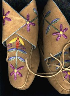 ojibwe moccasins for auction | Porcupine Quillwork