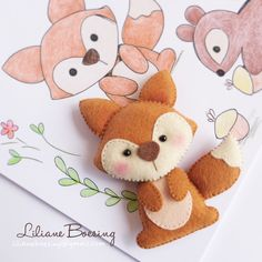 Raposinha {[Could draw then sew things. Fabric Crafts, Sewing Crafts, Sewing Projects, Felt Fox, Wool Felt, Fox Crafts, Creation Couture, Felt Patterns, Felt Fabric