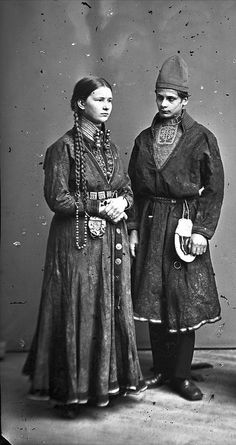Sami (northern indigenous) couple in 1871 Sweden Lappland, Vintage Photographs, Vintage Photos, Sweden Travel, Folk Clothing, Photo Libre, Public Domain, Folk Costume, People Of The World