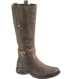 Official Merrell Online Store – Order fashionable and functional women's boots like Merrell's Captiva Strap Waterproof. Our waterproof footwear is designed to keep you warm and dry no matter where your day takes you. Find your new favorite ladies' casual boots.